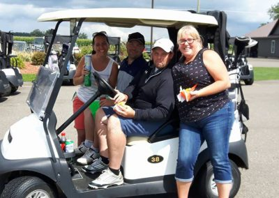 Fore for Shan golfers and cart